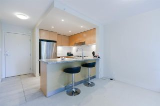 "Photo 6: 409 6018 IONA Drive in Vancouver: University VW Condo for sale in ""ARGYLE HOUSE"" (Vancouver West)  : MLS®# R2303514"