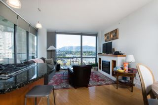 """Photo 6: 1004 1228 W HASTINGS Street in Vancouver: Coal Harbour Condo for sale in """"Palladio"""" (Vancouver West)  : MLS®# R2578006"""