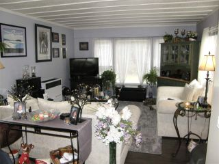 Photo 2: 12 62010 FLOOD HOPE Road in Hope: Hope Center Manufactured Home for sale : MLS®# R2556041