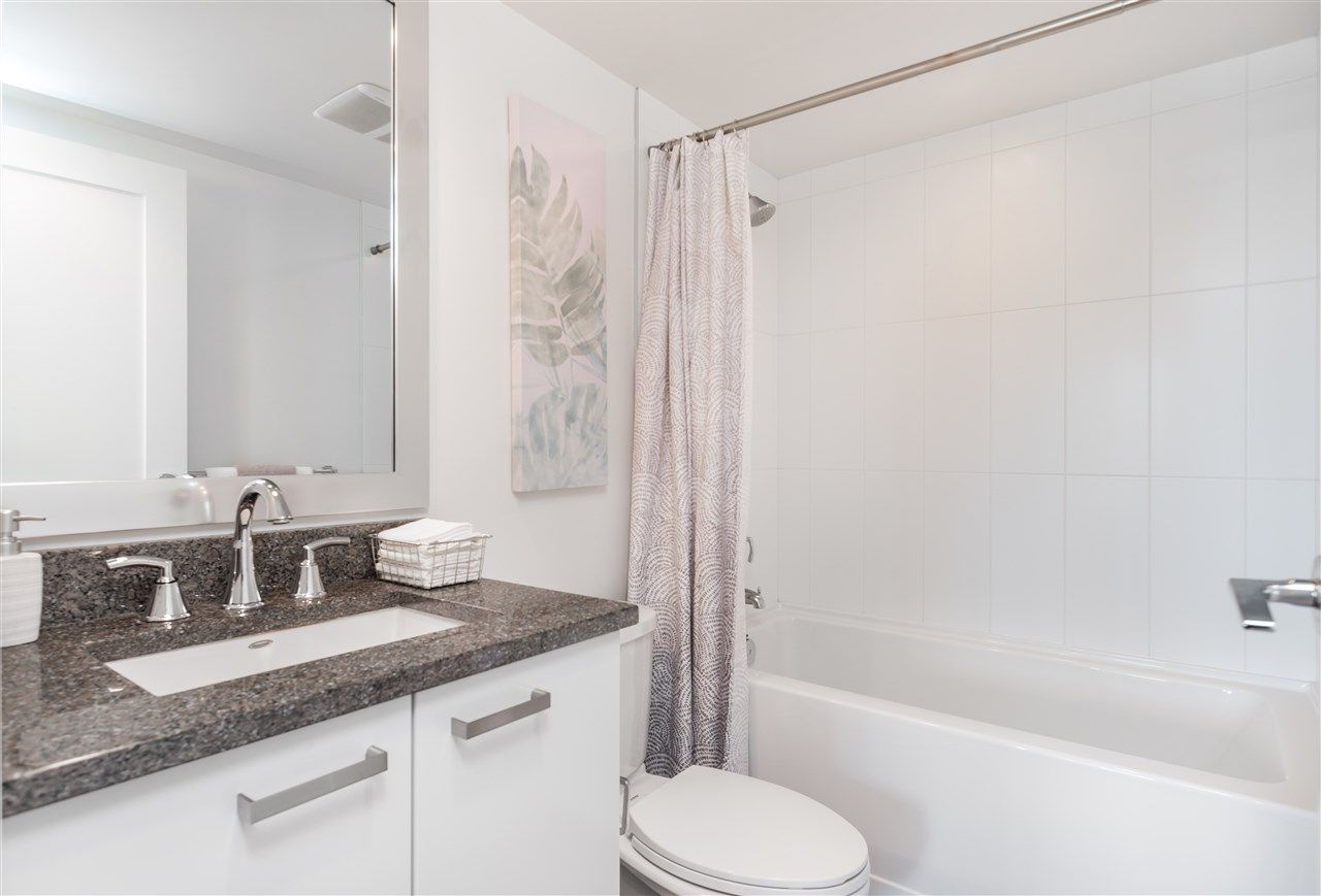 Photo 11: Photos: 365 2080 W BROADWAY in Vancouver: Kitsilano Condo for sale (Vancouver West)  : MLS®# R2380022