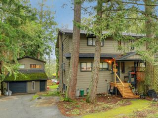 Photo 1: 848 Cuaulta Cres in : Co Triangle Half Duplex for sale (Colwood)  : MLS®# 865669
