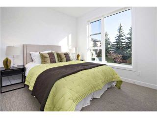 Photo 13: 2 4733 17 Avenue NW in Calgary: Montgomery Townhouse for sale : MLS®# C3651409