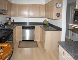 """Photo 5: 1 1266 W 6TH Avenue in Vancouver: Fairview VW Townhouse for sale in """"CAMDEN COURT"""" (Vancouver West)  : MLS®# V704560"""