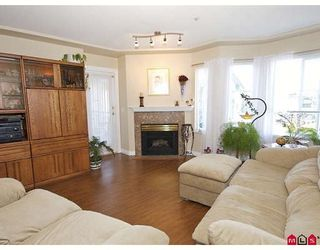 "Photo 2: 401 20443 53RD Avenue in Langley: Langley City Condo for sale in ""Countryside Estates"" : MLS®# F2826411"