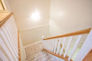"""Photo 11: 18 1711 140 Street in Surrey: Sunnyside Park Surrey Townhouse for sale in """"OCEANWODD"""" (South Surrey White Rock)  : MLS®# R2424486"""