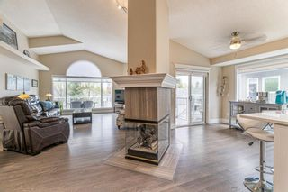 Photo 2: 148 Douglasview Rise SE in Calgary: Douglasdale/Glen Detached for sale : MLS®# A1113437