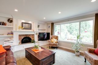 Photo 10: 24105 61 Avenue in Langley: House for sale