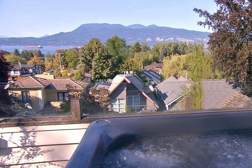 Main Photo: 4396 LOCARNO Crescent in Vancouver: Point Grey House for sale (Vancouver West)  : MLS®# R2432027