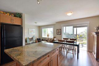 Photo 6: 6249 KEVINS Road in Sechelt: Sechelt District House for sale (Sunshine Coast)  : MLS®# R2374437