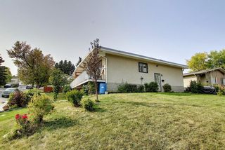 Photo 38: 7011 HUNTERVILLE Road NW in Calgary: Huntington Hills Semi Detached for sale : MLS®# A1035276