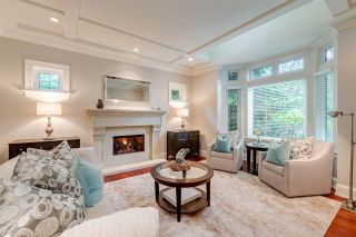 Photo 3: 2643 138A Street in Surrey: Elgin Chantrell House for sale (South Surrey White Rock)  : MLS®# R2467862