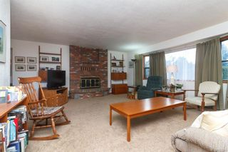 Photo 2: 17 Tovey Cres in : VR View Royal House for sale (View Royal)  : MLS®# 782341