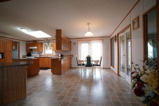 Photo 6: 45098 McCreery Road in Treherne: House for sale : MLS®# 202113735