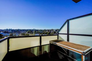 """Photo 17: 602 7 RIALTO Court in New Westminster: Quay Condo for sale in """"Murano Lofts"""" : MLS®# R2595994"""