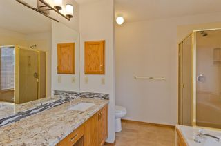 Photo 16: 40 Sienna Hills Court SW in Calgary: Signal Hill Detached for sale : MLS®# A1062171