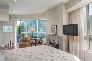 """Photo 16: PH3 555 JERVIS Street in Vancouver: Coal Harbour Condo for sale in """"HARBOURSIDE PARK II"""" (Vancouver West)  : MLS®# R2578170"""