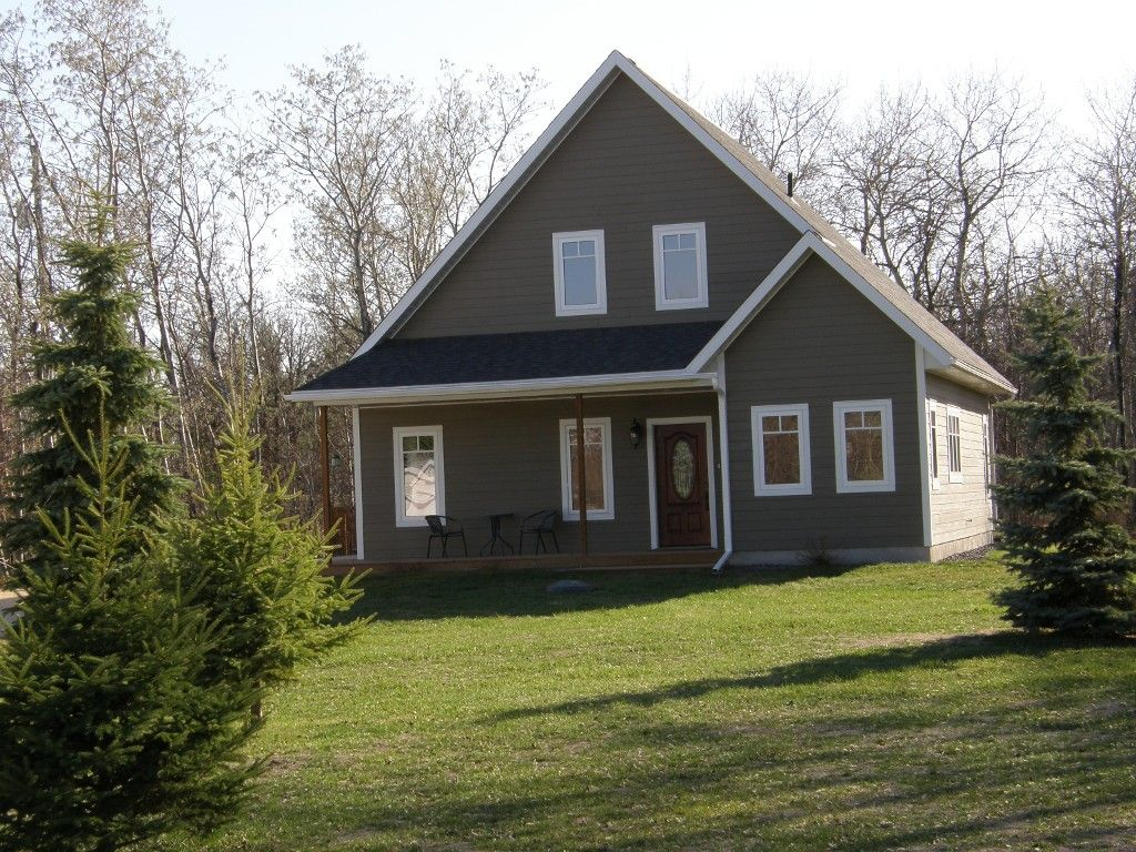 Main Photo: 44 Fairview Road in RM Springfield: Single Family Detached for sale : MLS®# 1206541