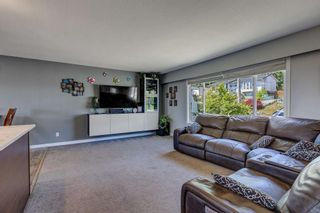 Photo 2: 33298 ROSE Avenue in Mission: Mission BC House for sale : MLS®# R2599616