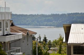 "Photo 19: 104 1378 GEORGE Street: White Rock Condo for sale in ""FRANKLIN PLACE"" (South Surrey White Rock)  : MLS®# R2371327"