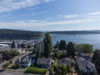 Photo 2: 225 Stewart Ave in : Na Brechin Hill House for sale (Nanaimo)  : MLS®# 883621