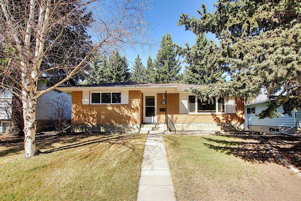 Main Photo: 9623 19 Street SW in Calgary: Palliser Detached for sale : MLS®# A1097991