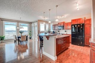 Photo 7: 83 HIDDEN CREEK PT NW in Calgary: Hidden Valley Detached for sale : MLS®# C4282209