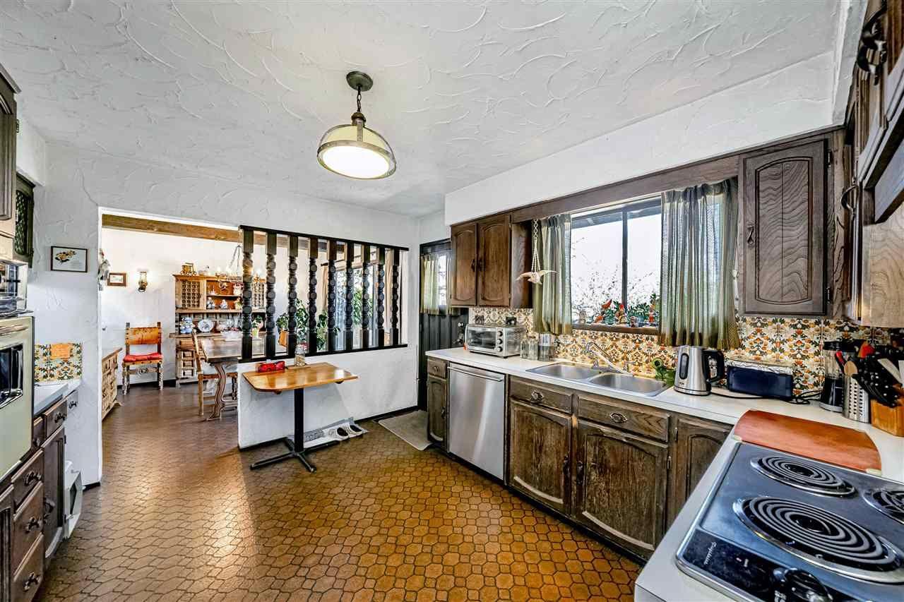 Photo 15: Photos: 6131 BRANTFORD Avenue in Burnaby: Upper Deer Lake House for sale (Burnaby South)  : MLS®# R2551835