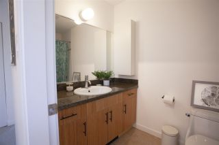 """Photo 18: 304 3010 ONTARIO Street in Vancouver: Mount Pleasant VE Condo for sale in """"NEW YORK ON YORK"""" (Vancouver East)  : MLS®# R2519534"""