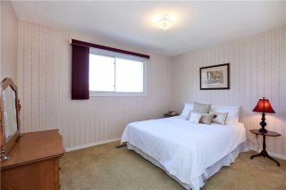 Photo 5: 800 Clements Drive in Milton: Timberlea House (2-Storey) for sale : MLS®# W3332307
