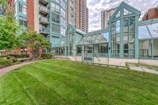 "Photo 20: 2202 939 HOMER Street in Vancouver: Yaletown Condo for sale in ""PINNACLE"" (Vancouver West)  : MLS®# R2183796"