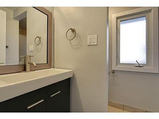 Photo 14:  in Calgary: 2 Storey Split for sale : MLS®# C3571872