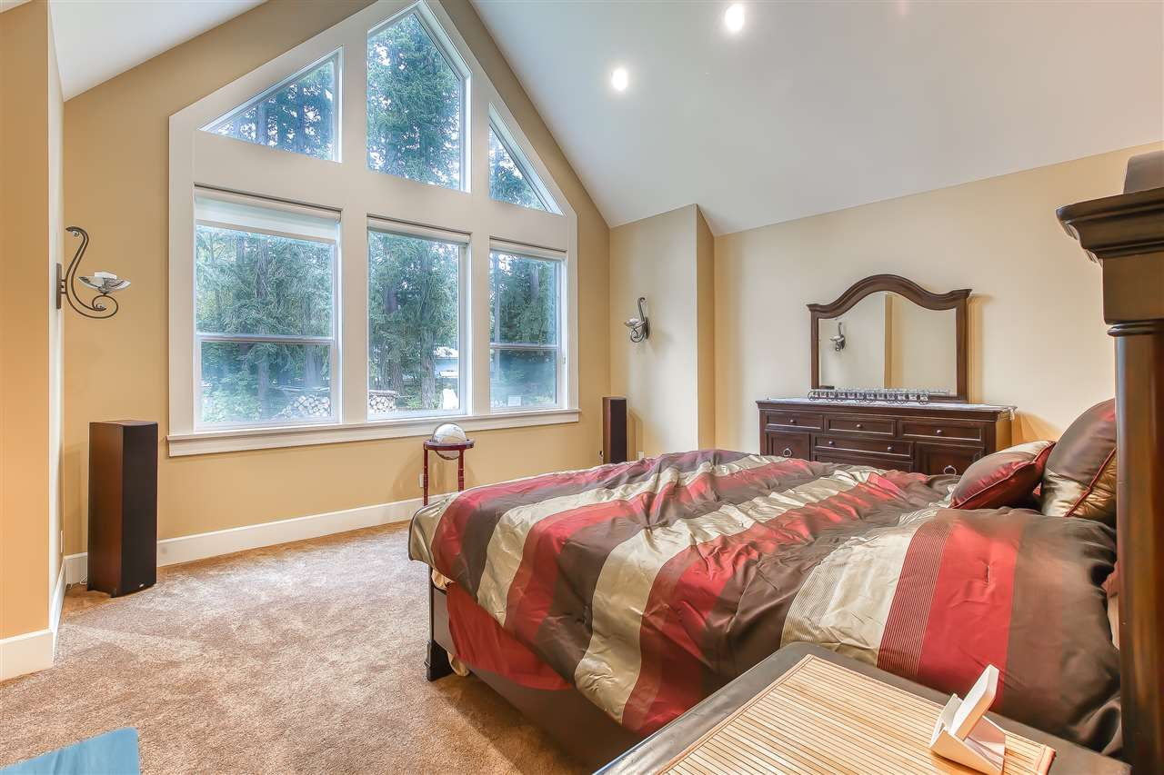 """Photo 26: Photos: 2732 NORTHCREST Drive in Surrey: Sunnyside Park Surrey House for sale in """"Woodshire Park"""" (South Surrey White Rock)  : MLS®# R2543125"""