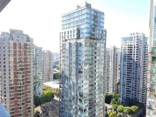 Photo 2: 2208 833 HOMER STREET in Vancouver: Downtown VW Condo for sale (Vancouver West)  : MLS®# R2200752