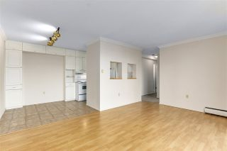 """Photo 4: 2002 1330 HARWOOD Street in Vancouver: West End VW Condo for sale in """"Westsea Towers"""" (Vancouver West)  : MLS®# R2573429"""