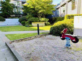 "Photo 28: 810 328 E 11TH Avenue in Vancouver: Mount Pleasant VE Condo for sale in ""UNO"" (Vancouver East)  : MLS®# R2571269"