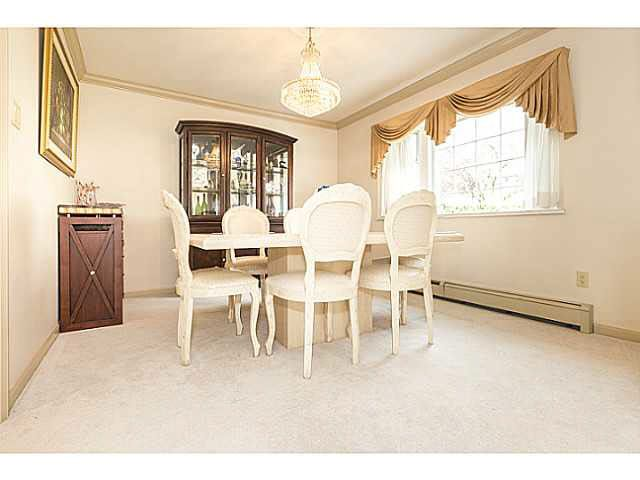"""Photo 7: Photos: 5825 MAPLE Street in Vancouver: Kerrisdale House for sale in """"KERRISDALE"""" (Vancouver West)  : MLS®# V1113298"""