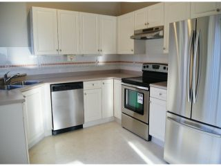 """Photo 7: 1 11952 64TH Avenue in Delta: Sunshine Hills Woods Townhouse for sale in """"Sunwood Place"""" (N. Delta)  : MLS®# F1400942"""