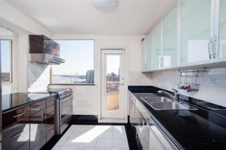 """Photo 10: 703 328 CLARKSON Street in New Westminster: Downtown NW Condo for sale in """"Highbourne Tower"""" : MLS®# R2619176"""