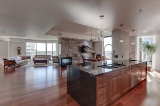 Photo 11: 1200 11933 JASPER Avenue in Edmonton: Zone 12 Condo for sale : MLS®# E4208205