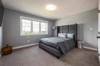 Photo 38: 3931 KENNEDY Crescent in Edmonton: Zone 56 House for sale : MLS®# E4260737