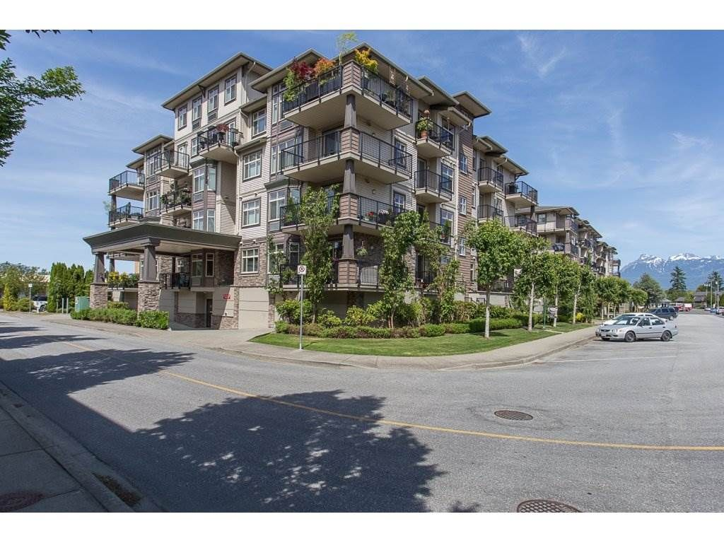"Main Photo: 103 9060 BIRCH Street in Chilliwack: Chilliwack W Young-Well Condo for sale in ""The Aspen Grove"" : MLS®# R2180662"