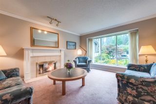 """Photo 3: 4722 UNDERWOOD Avenue in North Vancouver: Lynn Valley House for sale in """"Timber Ridge"""" : MLS®# R2401489"""