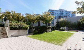 "Photo 27: 810 328 E 11TH Avenue in Vancouver: Mount Pleasant VE Condo for sale in ""UNO"" (Vancouver East)  : MLS®# R2571269"