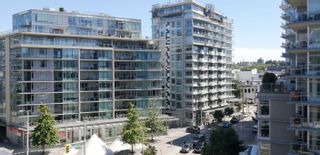 """Main Photo: 610 123 W 1ST Avenue in Vancouver: False Creek Condo for sale in """"COMPASS"""" (Vancouver West)  : MLS®# R2601736"""