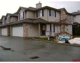"""Photo 1: 115 46451 MAPLE Avenue in Chilliwack: Chilliwack E Young-Yale Townhouse for sale in """"FAIRLANE"""" : MLS®# R2223608"""