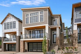 Photo 3: 24 Timberline Way SW in Calgary: Springbank Hill Detached for sale : MLS®# A1120303