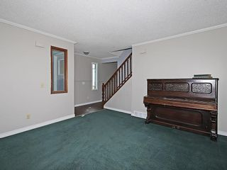 Photo 5: 4535 72 Street NW in Calgary: Bowness House for sale : MLS®# C4163326