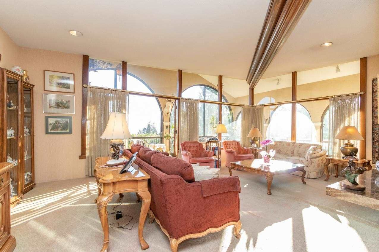 Photo 7: Photos: 385 MONTERAY Avenue in North Vancouver: Upper Delbrook House for sale : MLS®# R2582994