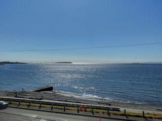 Photo 1: 402 1488 Dallas Rd in : Vi Fairfield West Condo for sale (Victoria)  : MLS®# 851745