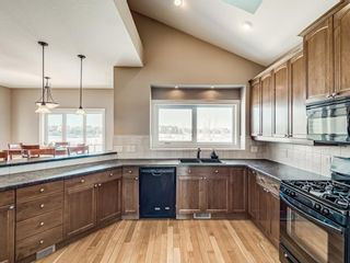 Photo 2: 609 High Park Boulevard NW: High River Detached for sale : MLS®# A1070347